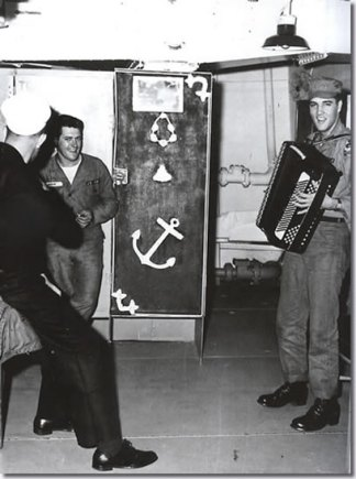 army-accordion-uss-randall-400