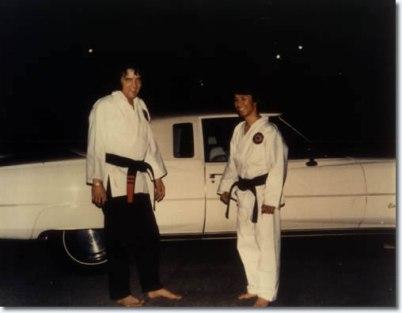 elvis-karate3