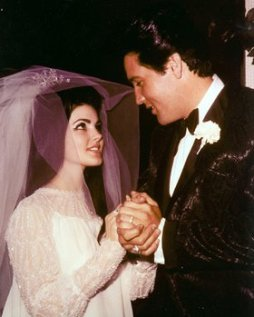 06-elvis-and-priscilla-presley-wedding-anniversary